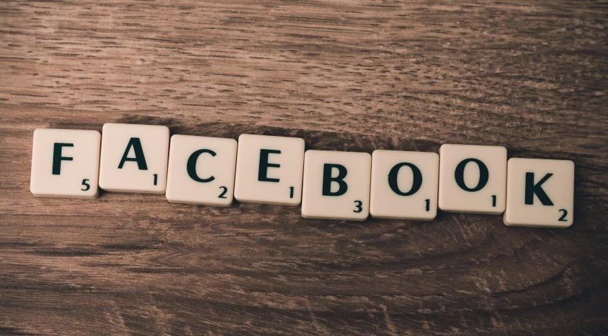 Facebook tercüman oluyor: İnsandan daha hızlı çevirecek!