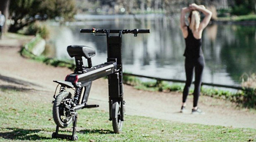 Bu elektrikli bisiklet hem katlanıyor, hem elektrikli, hem de 70 km gidiyor!
