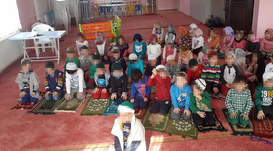 Uşak'ta miniklere takkeli ve türbanlı eğitime soruşturma