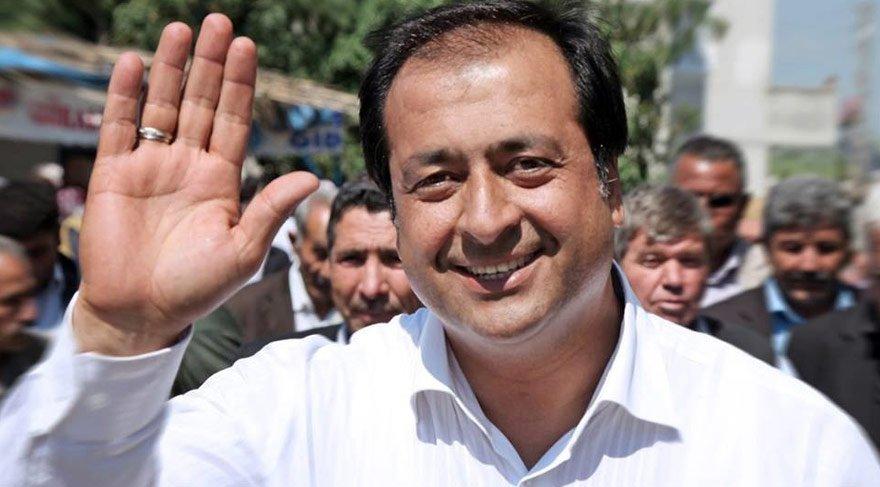AKP'li eski vekil Ahmet Tevfik Uzun gözaltına alındı