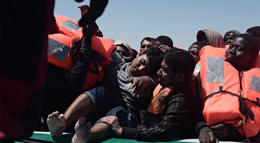 Türkiye ile anlaşma başarılı oldu, mültecilerin rotası değişti