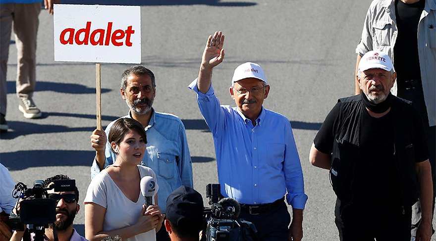 Türkiye 'Adalet Yürüyüşü' ile dünyanın gündemine oturdu