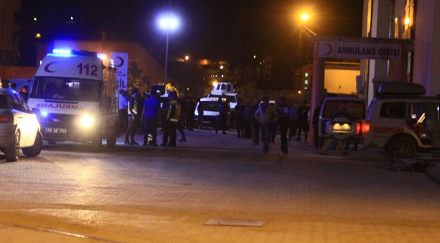 Hakkari'de saldırı: 1 şehit, 5 yaralı