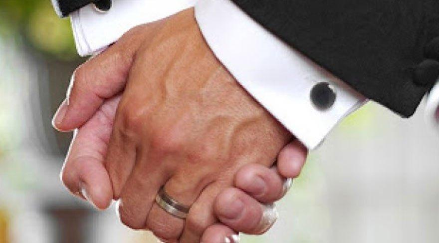 Eşcinsel evliliğe Türk vekiller de 'evet' dedi