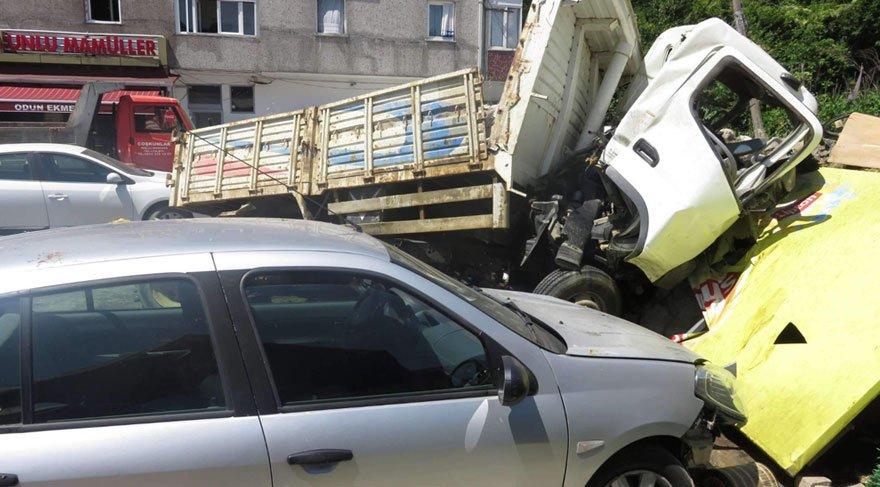Beykoz'da hafriyat kamyonu kazası