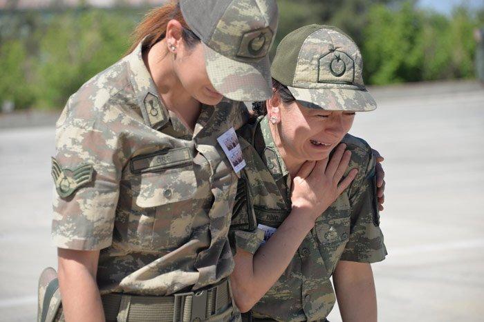 FOTO:DHA - Cenaze töreninde gözyaşları sel oldu...