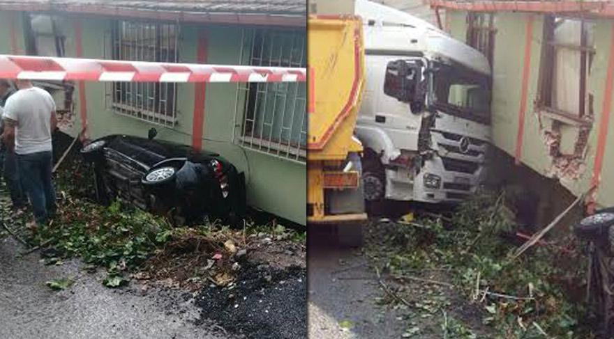 Güvenpark'ın etrafına Ankara Büyükşehir Belediyesi'ne ait kamyonlar da konuşlandırıldı.