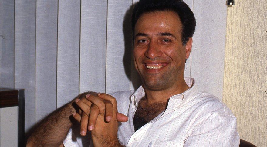 Ali Sunal'dan duygusal itiraf: Babamın filmlerini hala izleyemiyorum
