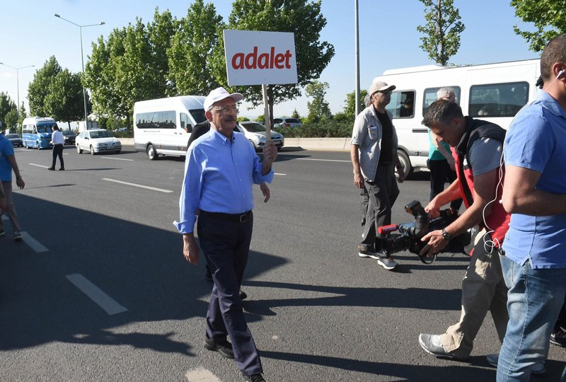 FOTO:İHA - Kılıçdaroğlu, Adalet Yürüyüşü'nün ikinci gününe saat 08:00'da başladı.