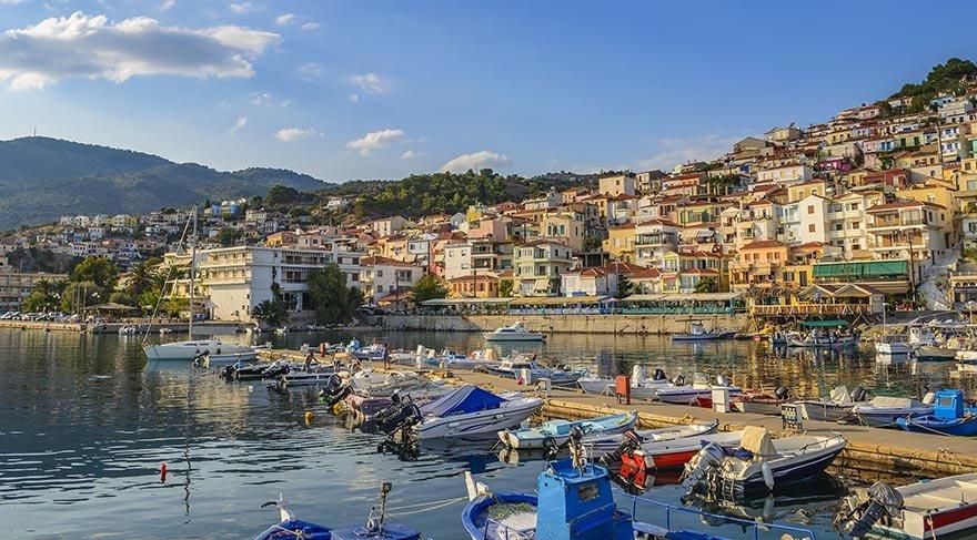 Türk turistler Yunan esnafın gözünü açtı