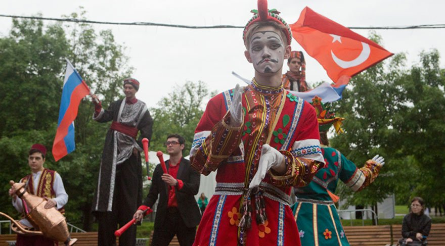 Moskova Türk Festivali'ni 200 bin kişi ziyaret etti