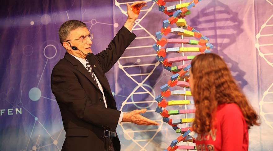 Prof. Dr. Aziz Sancar'dan evrim yorumu: Evrim gerçektir, güneş balçıkla sıvanmaz