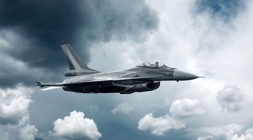 ABD savaş uçakları nükleer bomba atarken görüntülendi