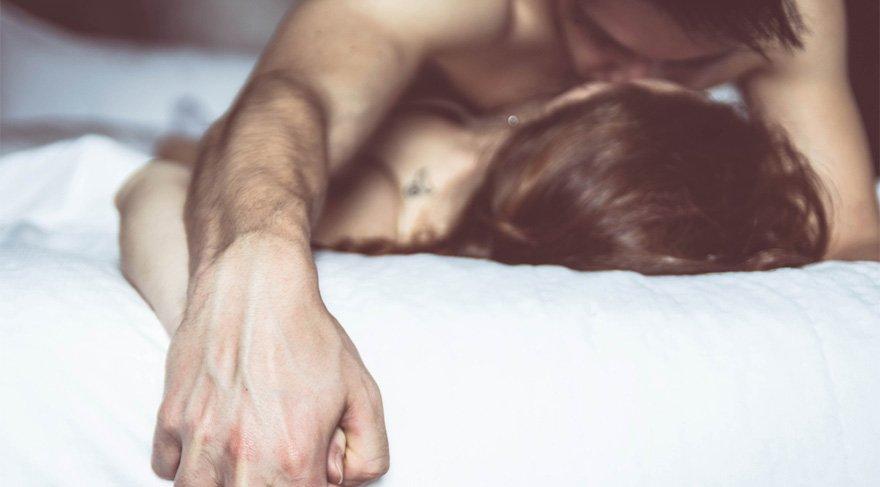 Düzenli seks kalp hastalığı riskini azaltıyor