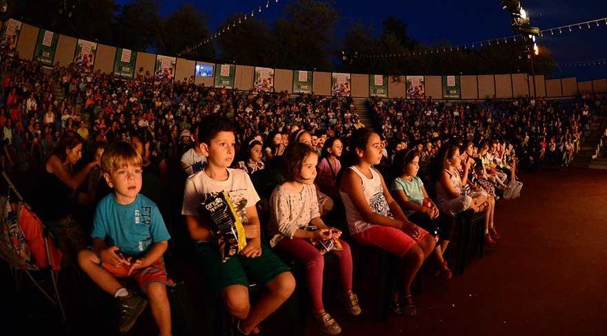 13. Kadıköy Belediyesi Çocuk Tiyatro Festivali Başlıyor