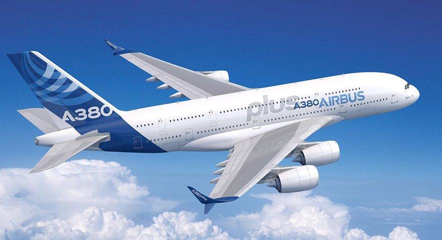 Dünyanın en büyük yolcu uçağı tanıtıldı