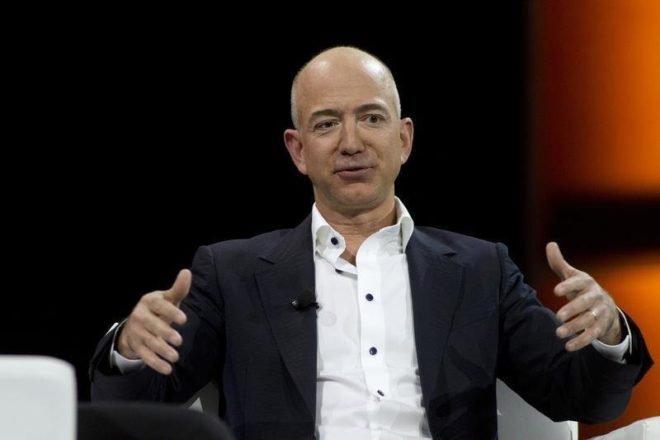 Amazon Whole Foods'u satın aldı