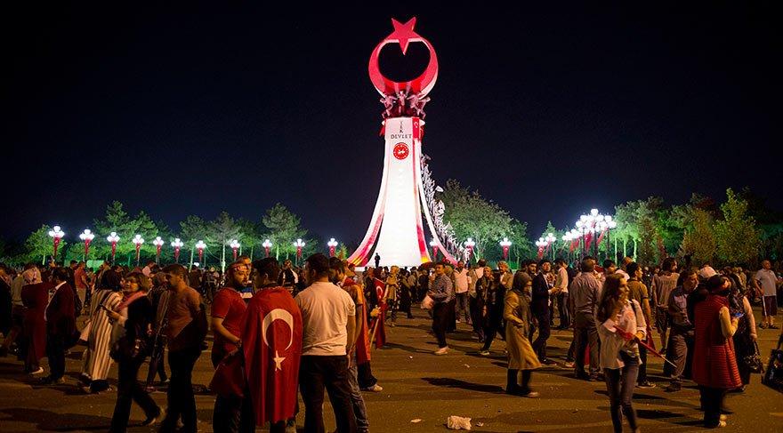 Erdoğan Şehitler Abidesi'nin açılışını yaptı