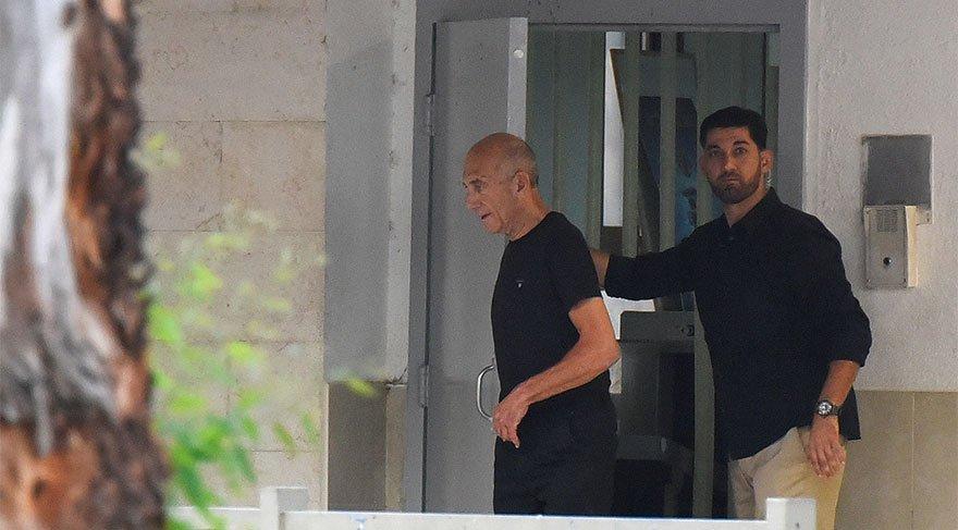 İsrail'de sıcak gelişme! Eski Başbakan hapisten çıktı