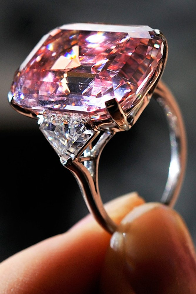 55022f3d2e993_-_graff-pink-diamond-46-million