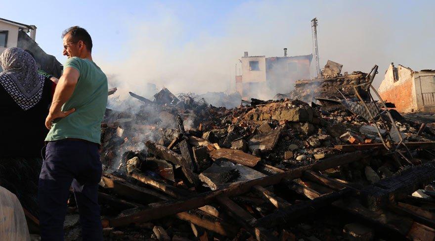 Yangın 27 evi kül etti!