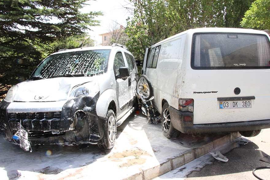 Kazada yaralanan sürücü sağlık ekibine saldırdı