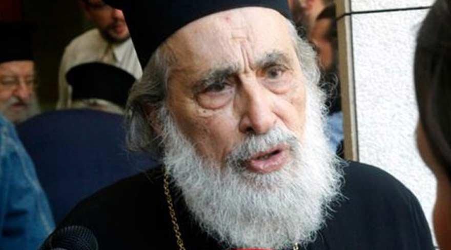 Yunan dini lider boğularak öldü!