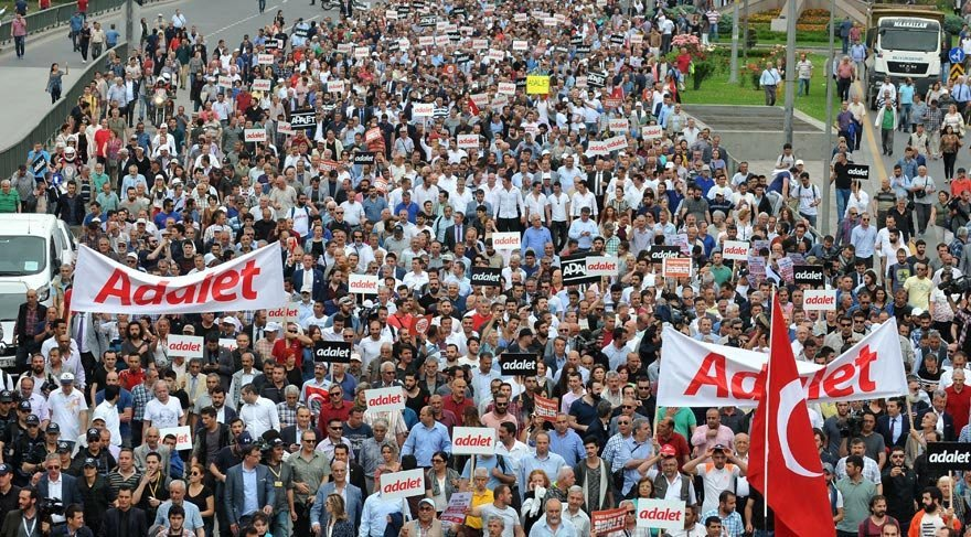 Adalet Yürüyüşü anketi açıklandı! Oranlar çarpıcı…
