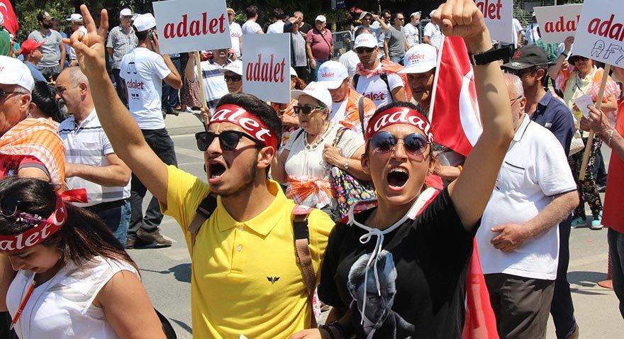 Vodafone'dan Adalet Mitingi'ne kablosuz internet