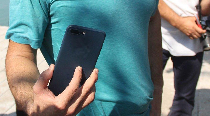 Su geçirmez akıllı telefon 3 can kurtardı