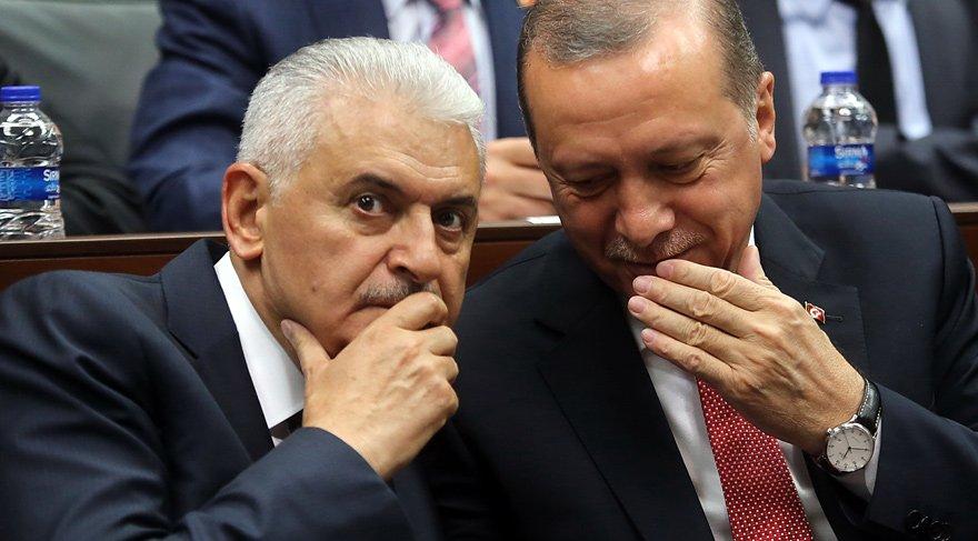 AKP grubunda 'dudak' alarmı… Objektiflere yakalandılar…