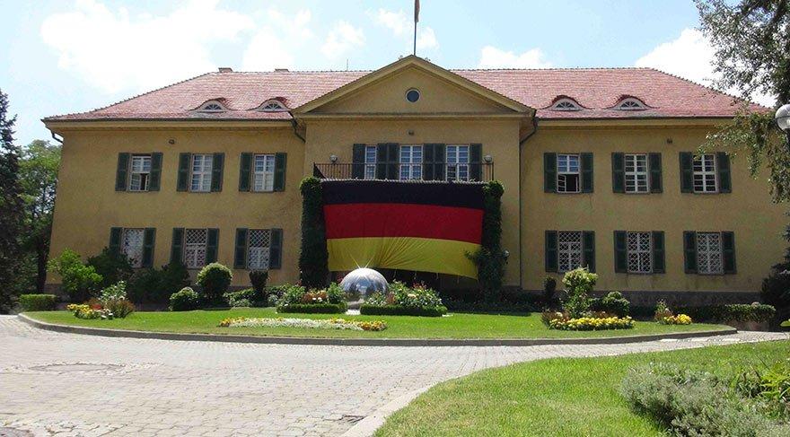 Almanya Büyükelçiliği'ne icra takibi