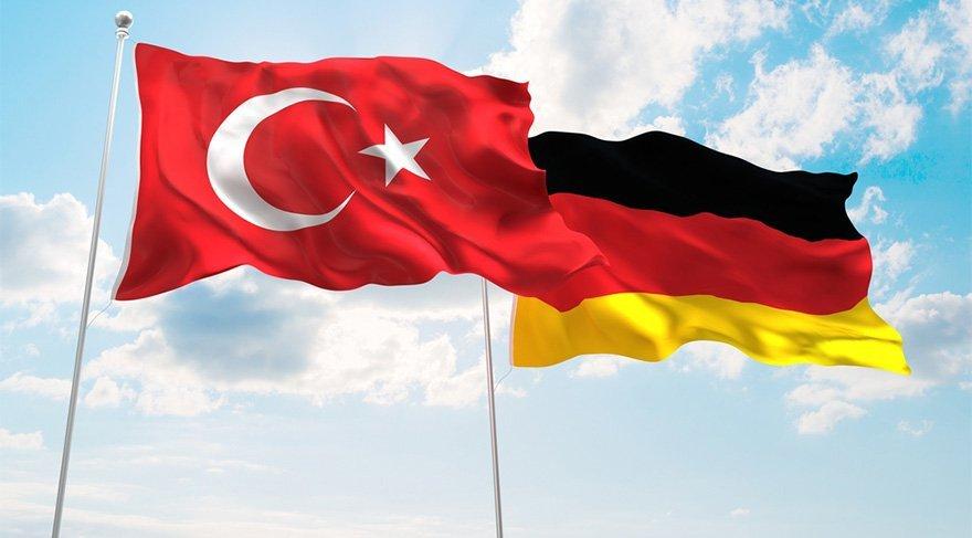 Türkiye'den Almanya'ya ilk tepki geldi: Kimse bize parmak sallayamaz