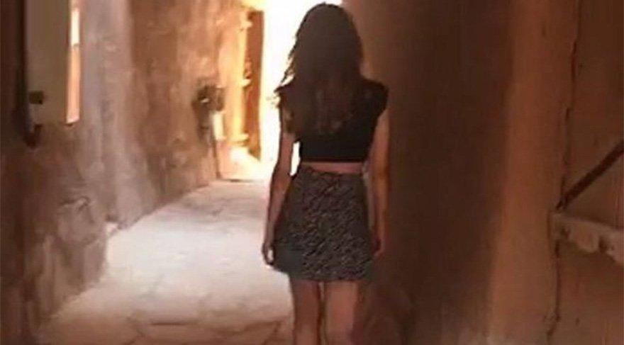 Suudi Arabistan'da mini etekli kadın tartışma yarattı