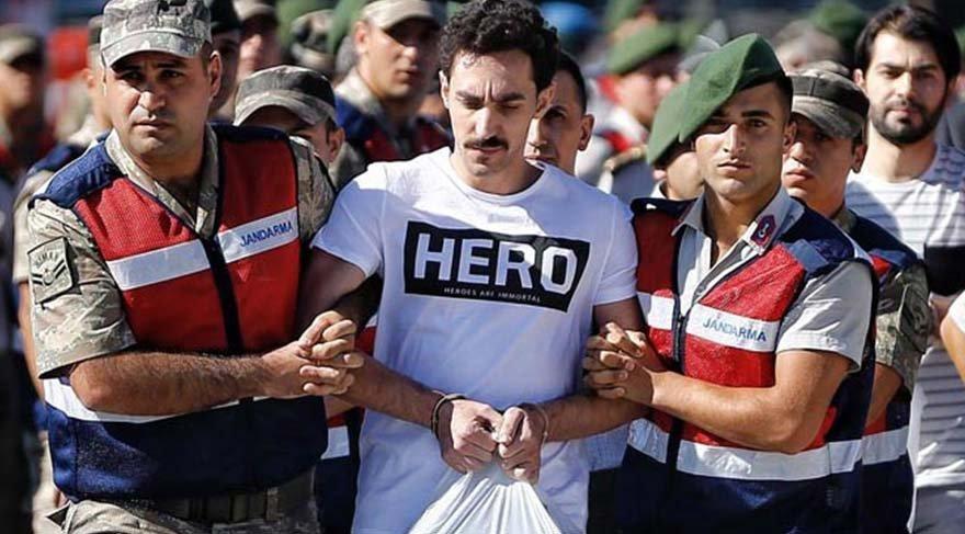 Savcı açıkladı: Darbeci askere 'Hero' tişörtü böyle gelmiş
