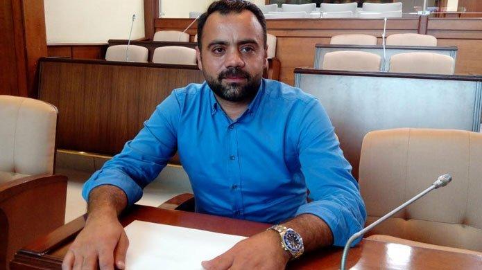 Kadir Topbaş'a istifa çağrısı