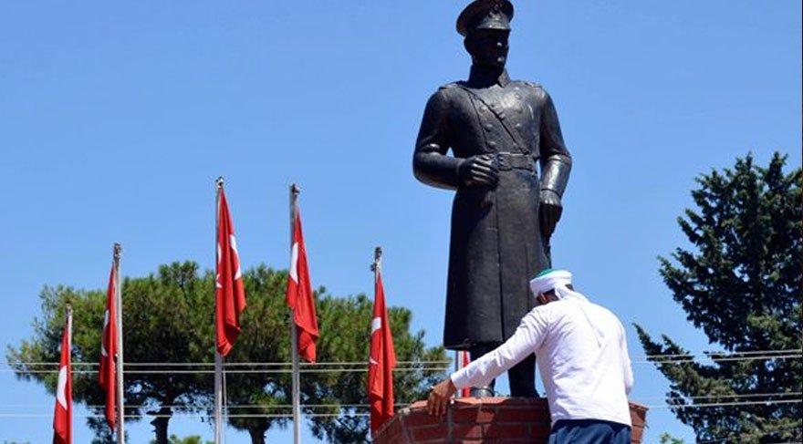 Atatürk Büstüne saldıran Mehmet Malbora kimdir, neden saldırdı, ceza aldı mı?