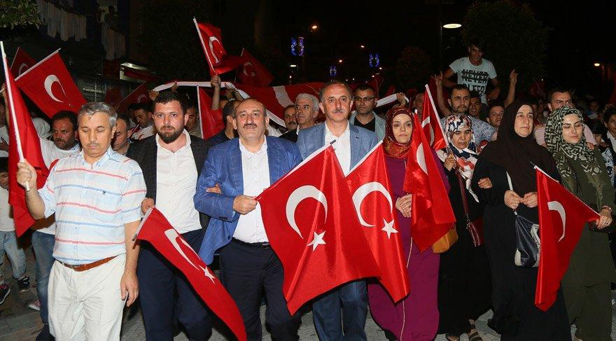 Bağcılar'da Demokrasi Nöbeti' başladı
