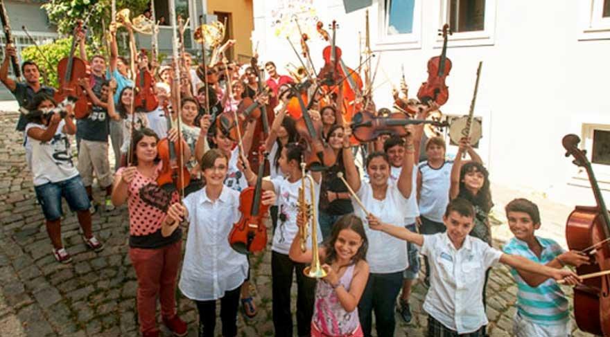 Barış için Müzik Vakfı öğrencileri Atina'da