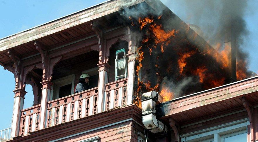 Beşiktaş'ta restaurant yangını