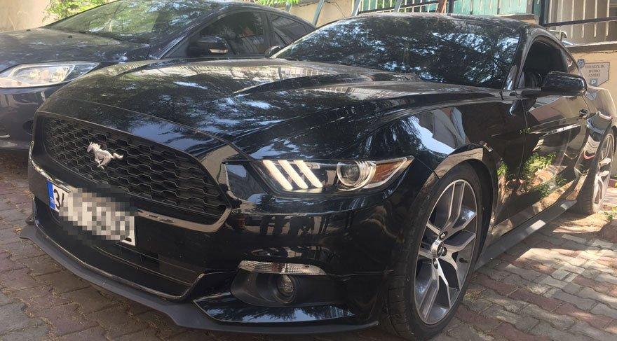 Foto: DHA - şüphelilerin kullandığı ve piyasa değeri 400 bin lira olan son model lüks otomobile el konuldu