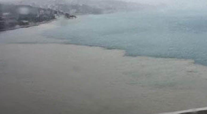 İstanbul Boğazı'nda yağmur sonrası şok eden görüntü! Hava durumu nasıl olacak