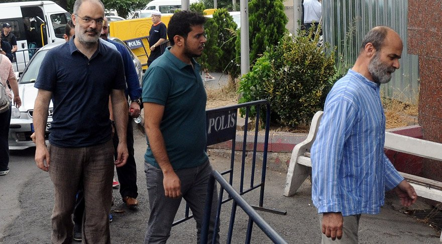 Büyükada'da gözaltına alınanlar adliyeye sevk edildi