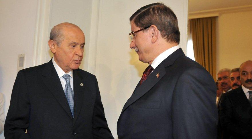MHP'den Ahmet Davutoğlu'na aynı sertlikte cevap: Sınırları aşan…