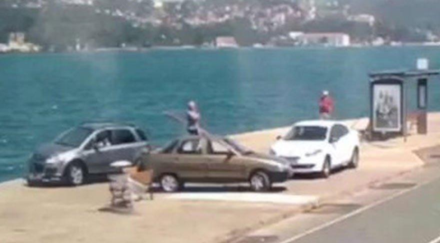 Sarıyer'de otomobilin denize uçma anı kamerada
