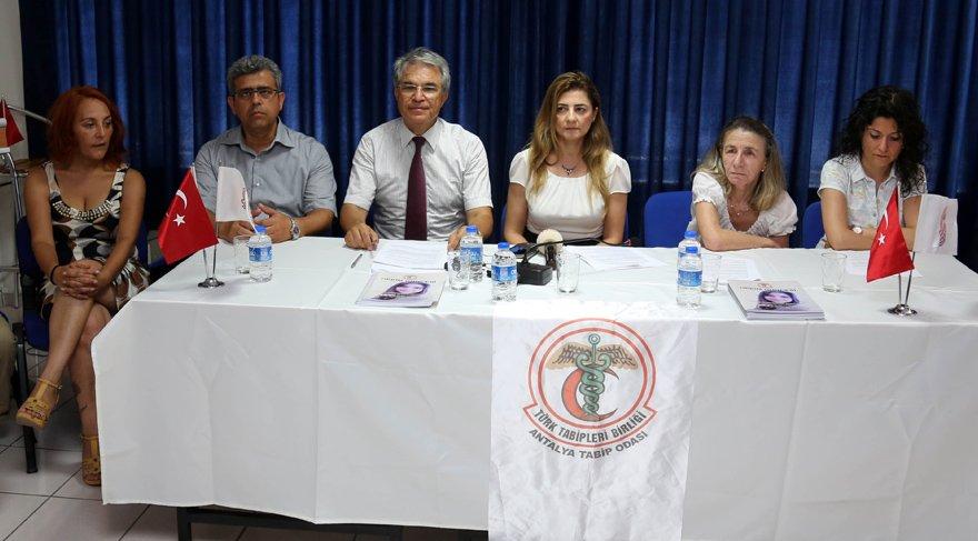 Antalya'da doktorlar isyan etti