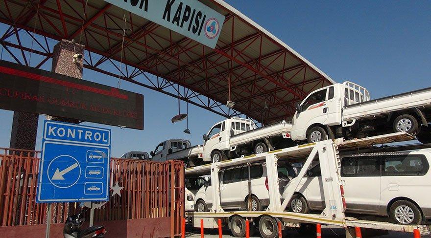 Özgür Suriye Ordusu'na araç sevkiyatı
