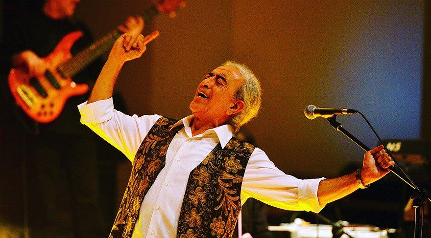 Edip Akbayram'dan 'Güzel Günler Göreceğiz' konserleri
