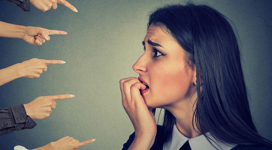 Eleştirirken çok dikkat edin!