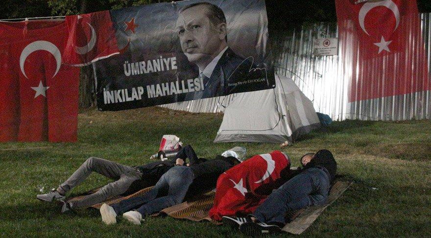 Cumhurbaşkanı Erdoğan'ın evinin önünde nöbet